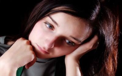 La depressione stagionale: cos'è, sintomi e cure naturali