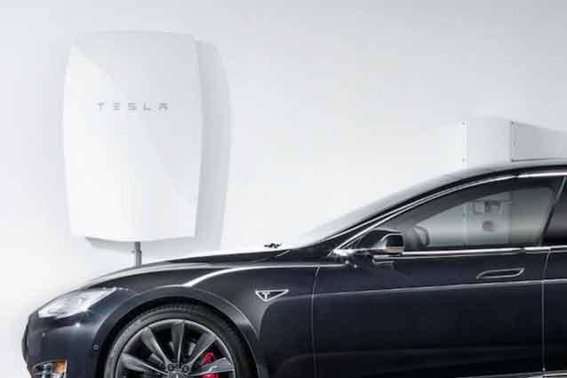 Powerwall, la batteria di Tesla in grado di fornire energia a case e aziende